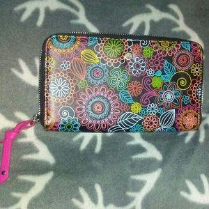 Pretty Flower Print Zip Up Wallet!
